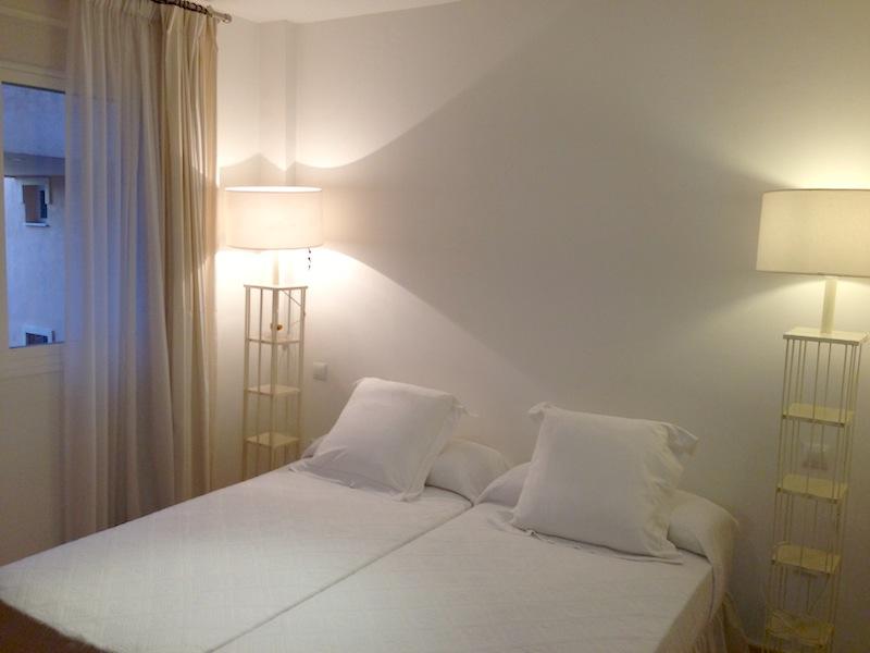 HSM4_bedroom_2.jpg