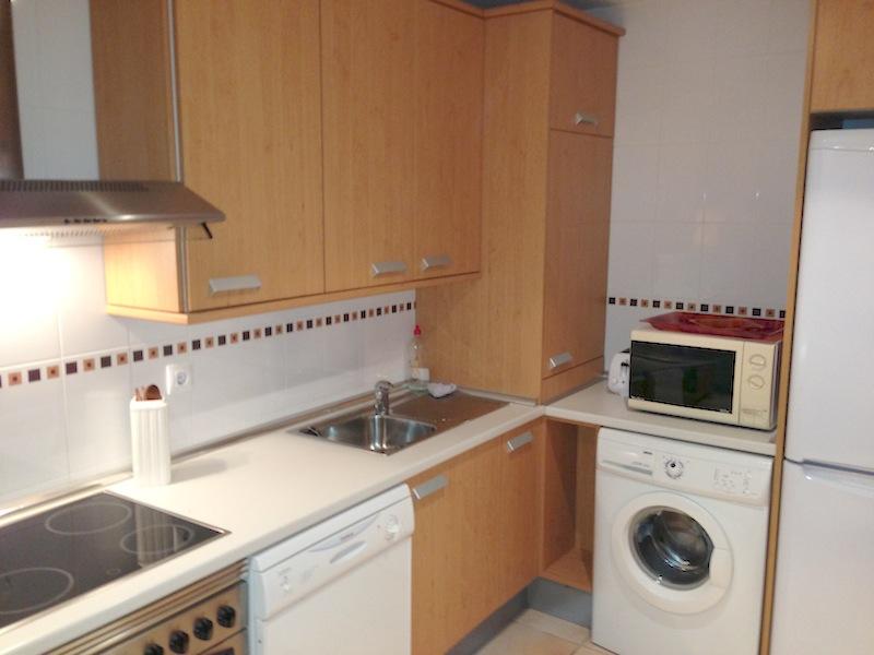 HSM4_kitchen2.jpg