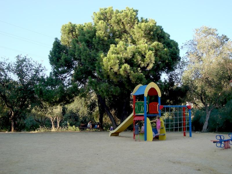 Villa_Hacienda_San_Manuel-Jardin_de_comunidad.jpg